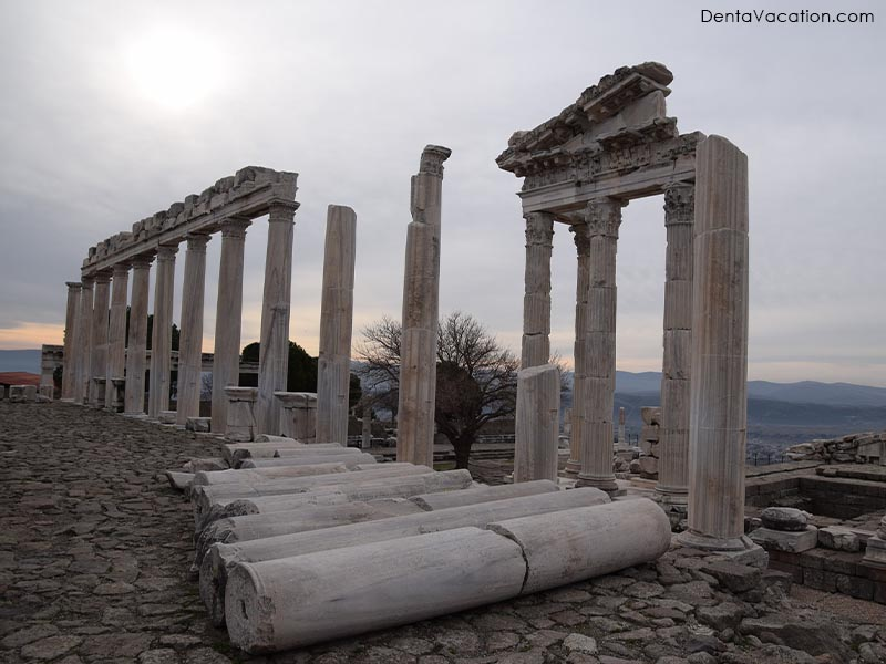 Ruins of Ephesus | Dental tourism in Izmir, Turkey