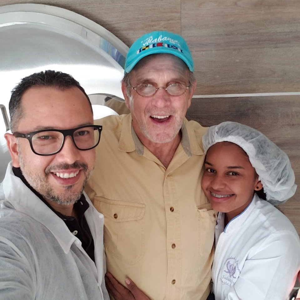 Dental Clinic in Cartagena- Dr. Oliver Julio- Real Patient